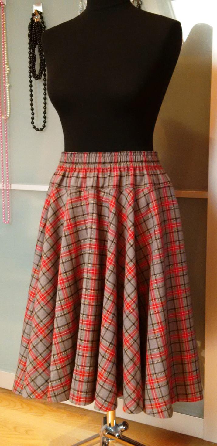 c5c07e605221 Můj Fler  Kolová sukně károvaná