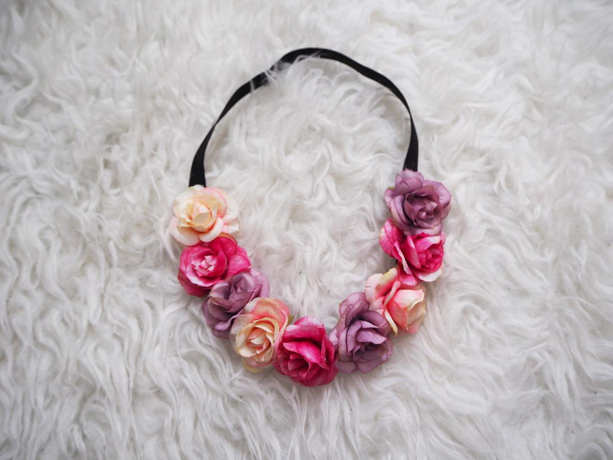 5683c4270b6 Květinová čelenka do vlasů mix růžových květin   Zboží prodejce ...