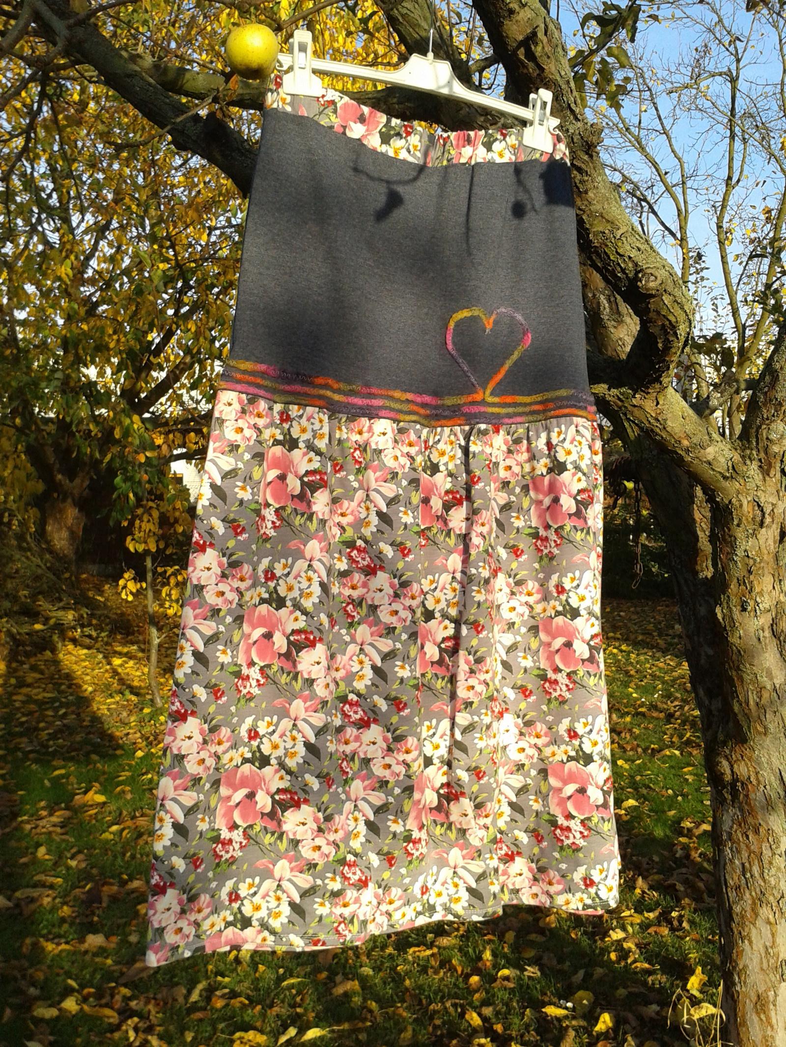 8ad60aad2a2 Duhové květy... dlouhá sukně s kapsami   Zboží prodejce iris-la ...