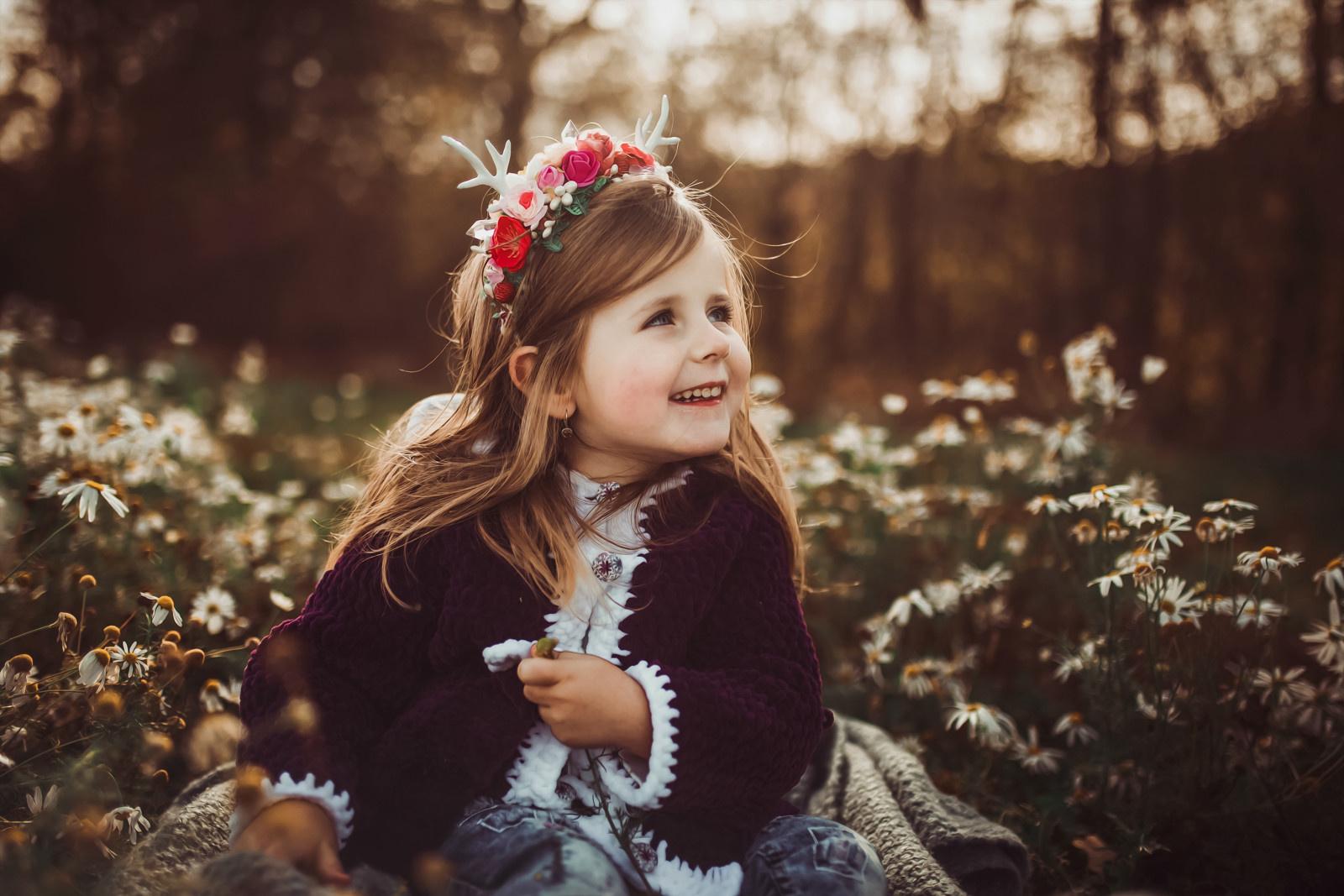 3b1648a0b6b Něžná květinová čelenka s parůžky   Zboží prodejce Čarbičková Bijoux ...
