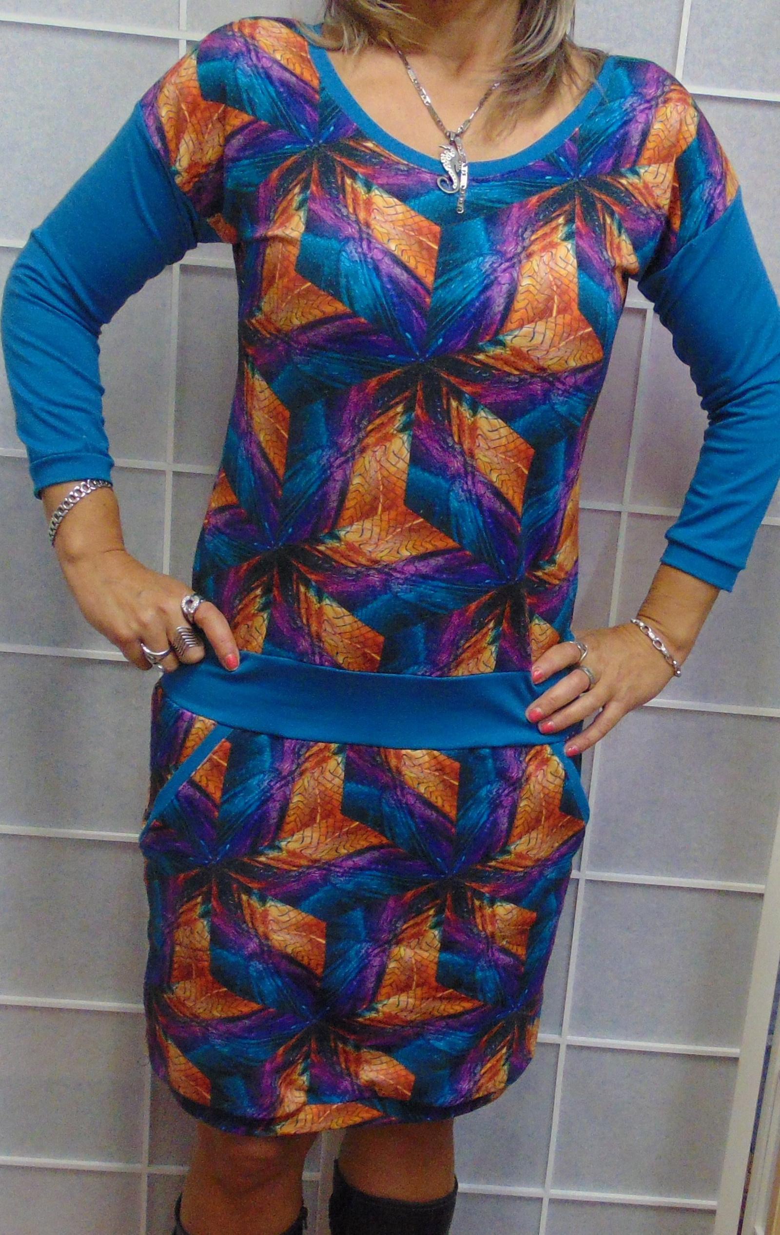 8e85009803c šaty BAREVNÝ HADÍ VZOR-VÝPRODEJ   Zboží prodejce Pa-Milada
