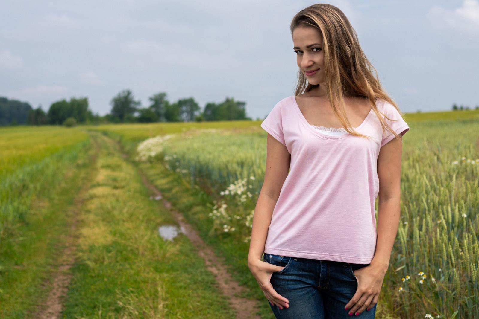 f77fd8f881 Lehce růžové bambusové tričko   Zboží prodejce CoCat