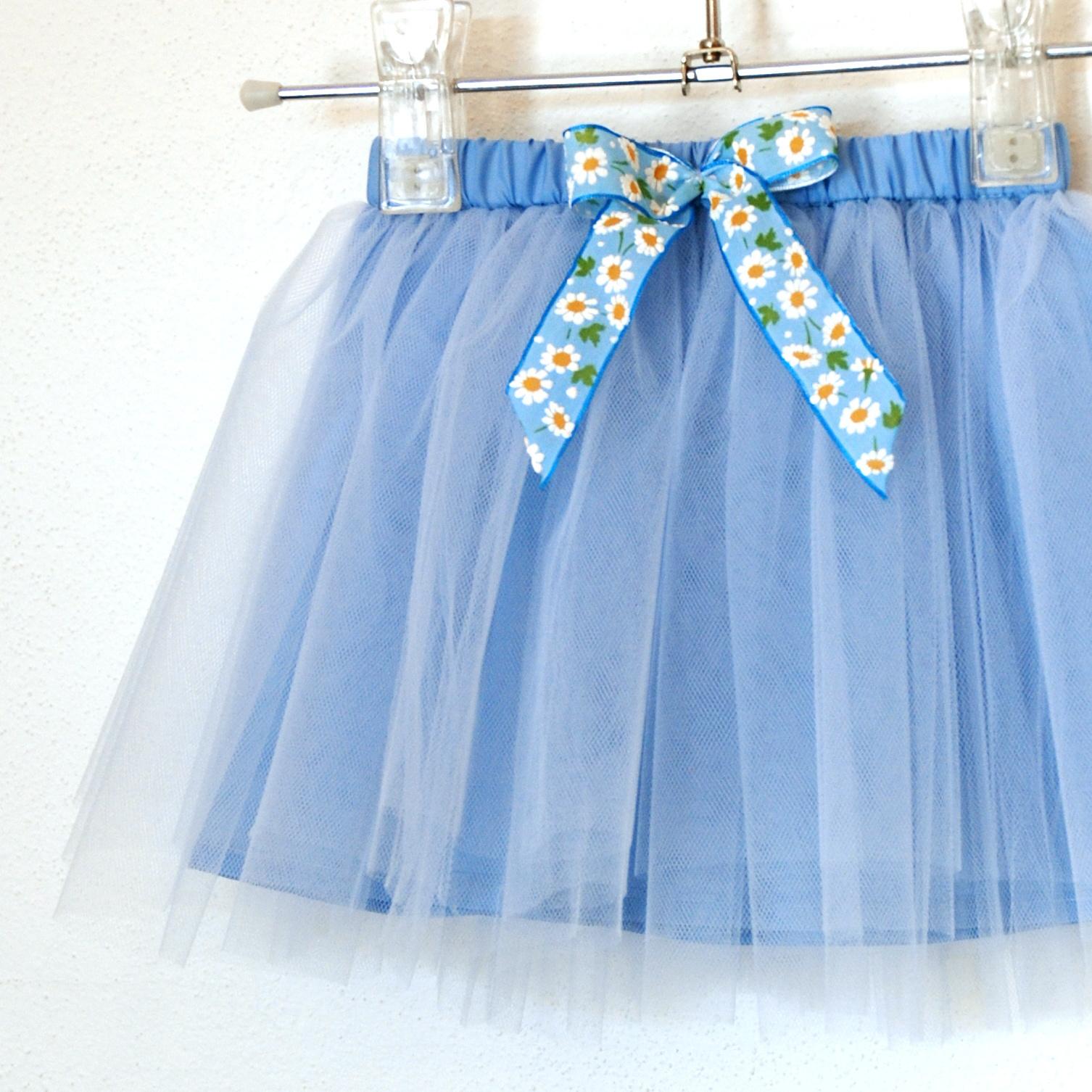 1d943e67a8a Dětská světle modrá tylová sukně s kopretinami   Zboží prodejce ...