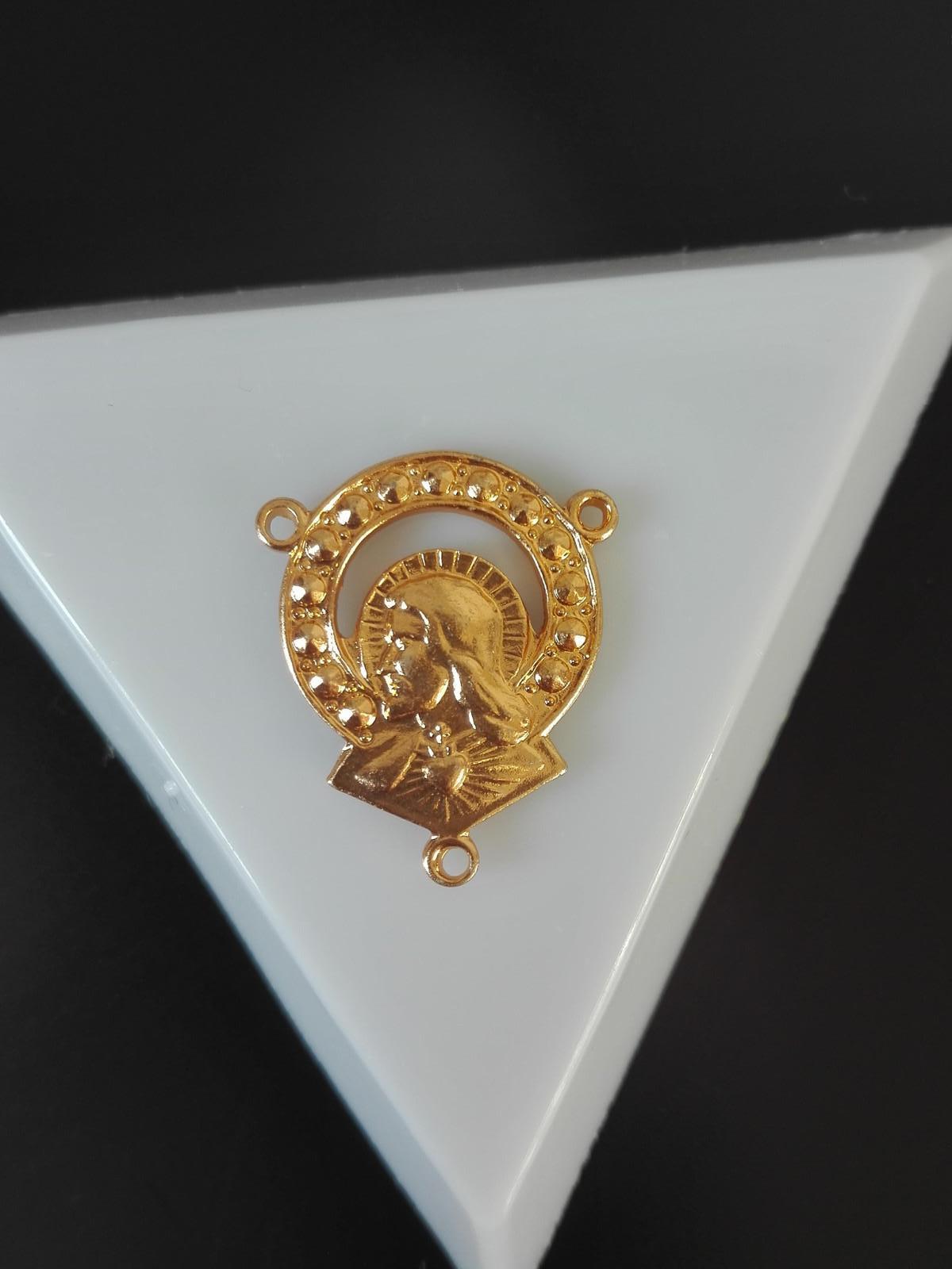 cb47c77dc Mezidíl na růženec zlaté barvy / Zboží prodejce Beads With Love ...