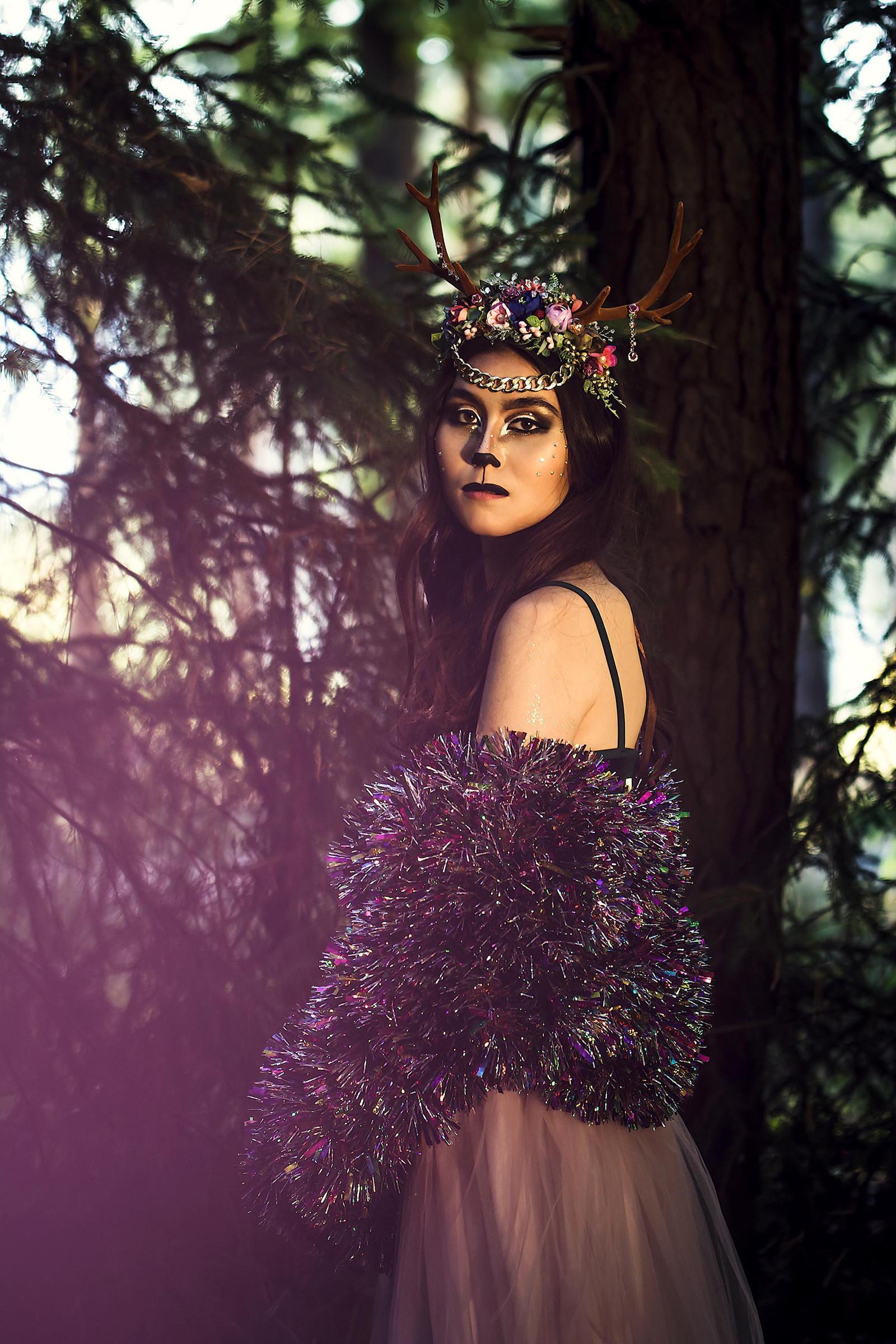 e98e518256b Květinová čelenka s parůžky Halloween   Zboží prodejce Čarbičková ...