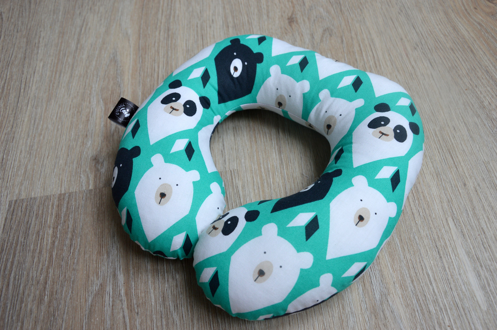 5e987c7036c Cestovní polštářek medvědí hlavy   Zboží prodejce Torsolo