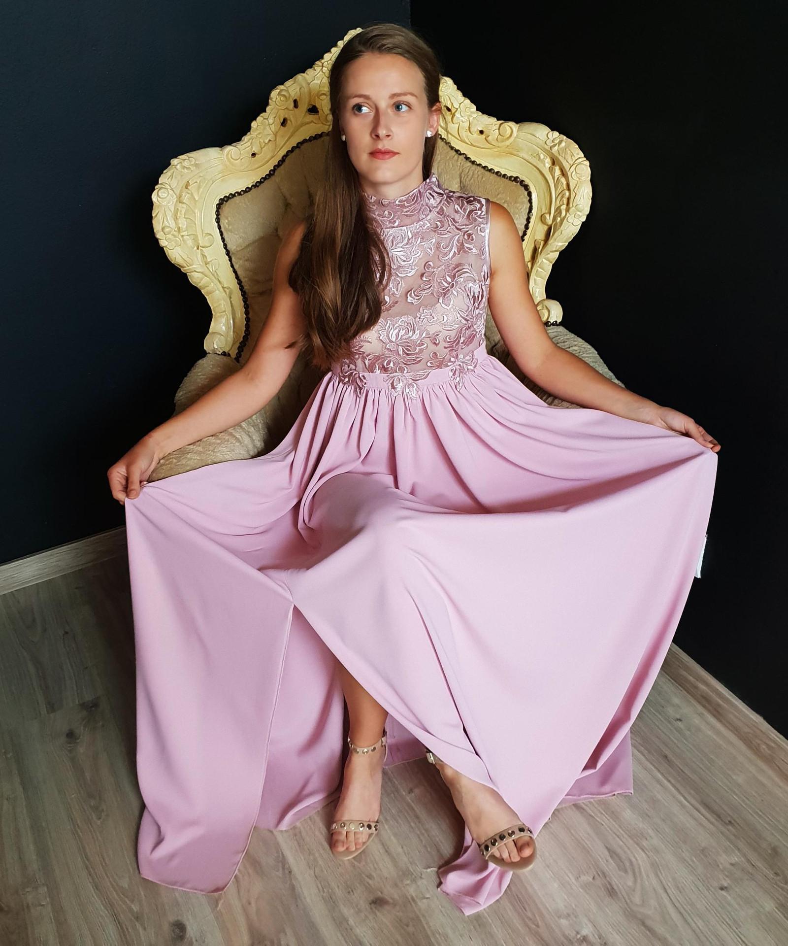7b0277a452f1 Společenské těhotenské šaty se stojáčkem různé bar   Zboží prodejce ...