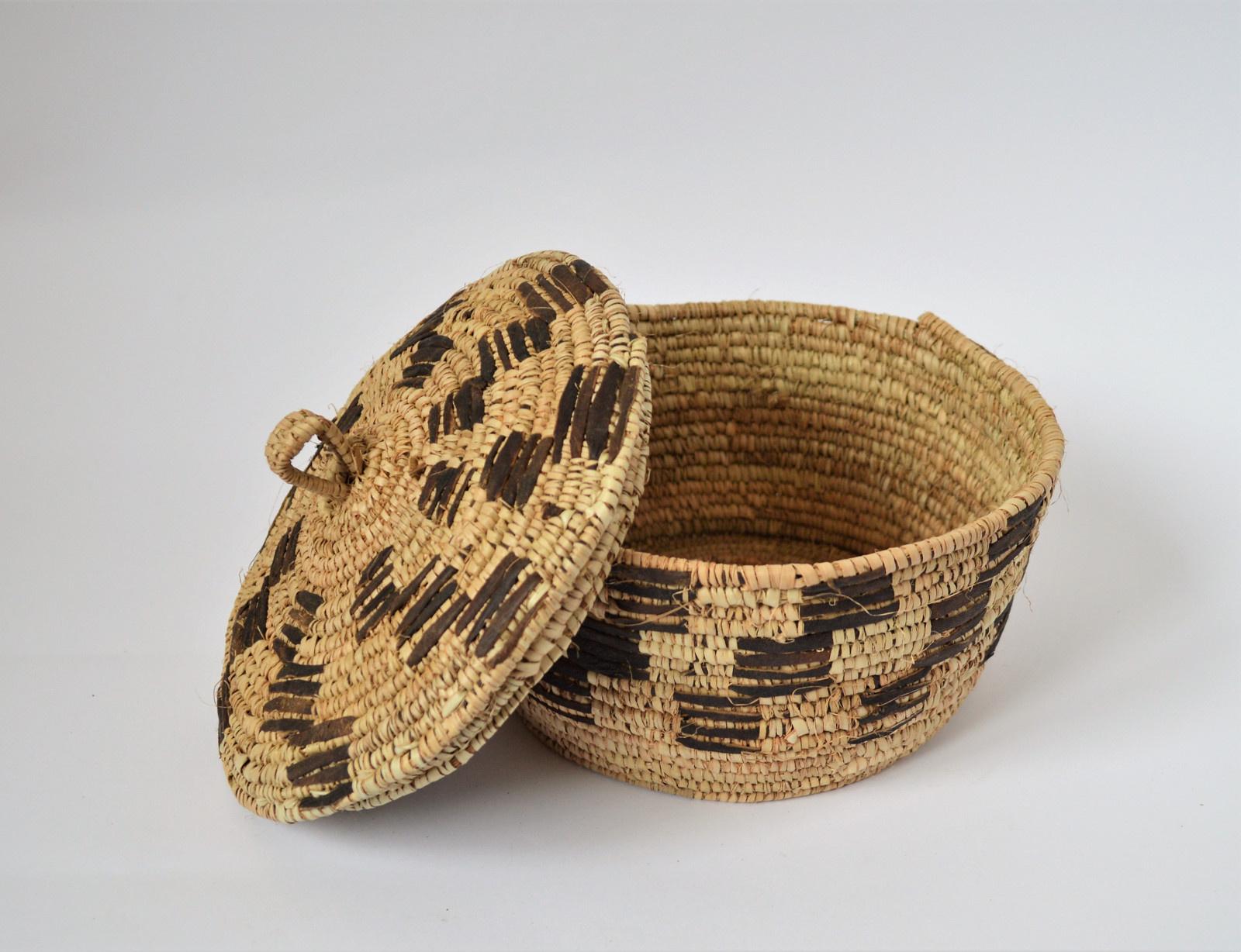 Rustic Kožený pletený košík (Elegant)   Zboží prodejce Omar Handmade ... 056ec43517