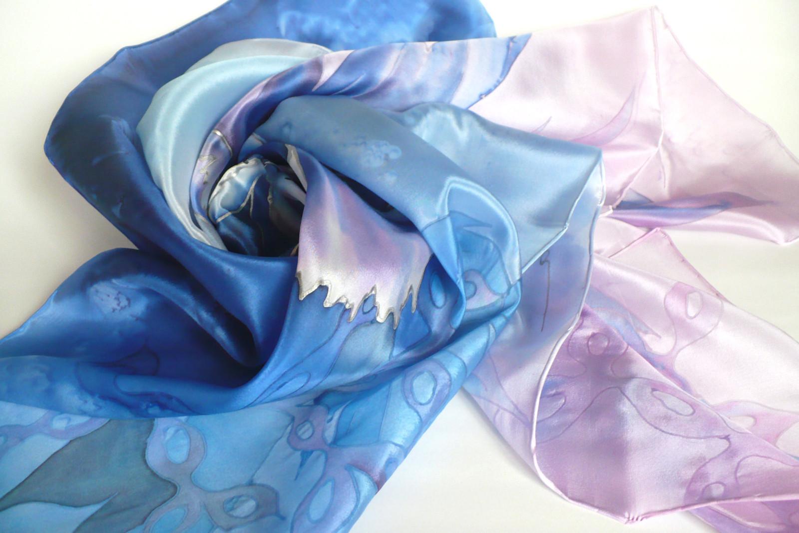 3aafe5ae525 Modrý květ. Hedvábný šátek.   Zboží prodejce jena
