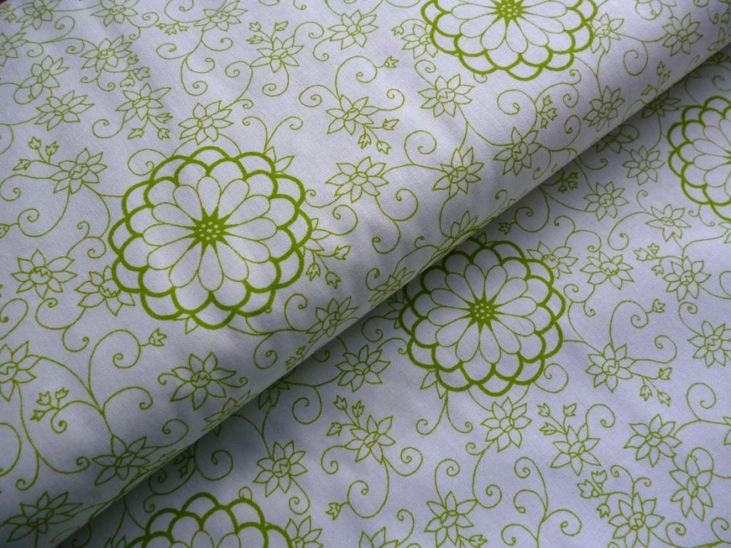 408d3879da3a Zelené kytky-bílá látka-metráž š.150cm   Zboží prodejce JehLenka ...