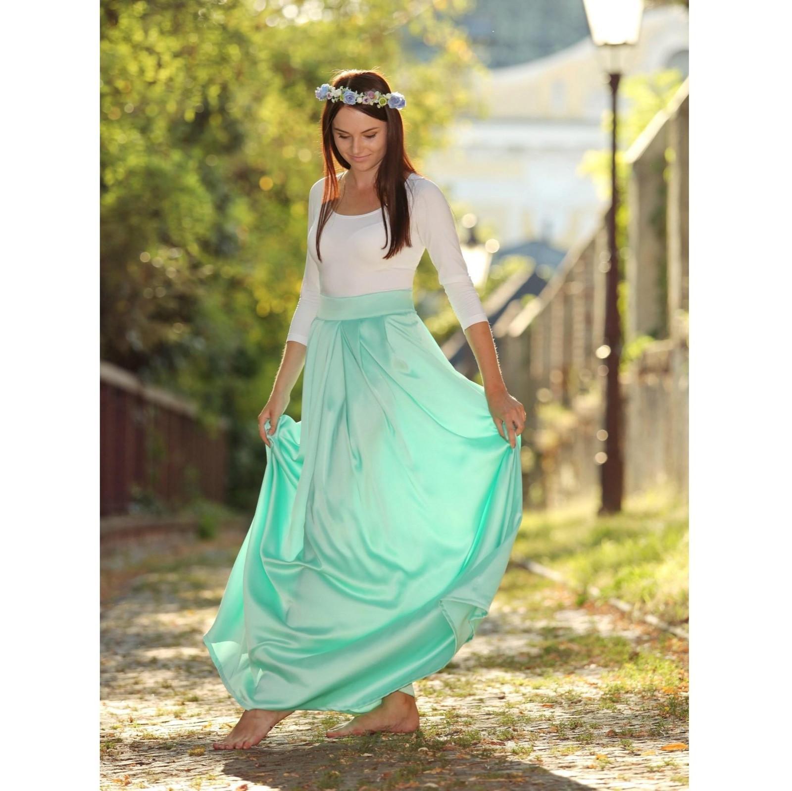9714295c57c0 Saténová spoločenská sukňa Mint   Zboží prodejce Lally chic