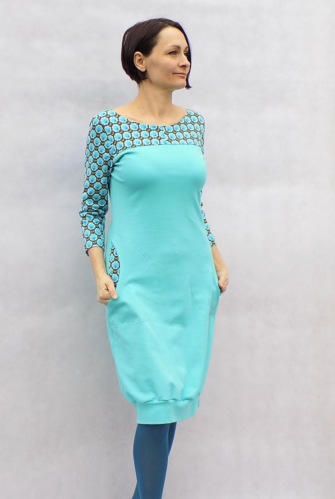 a3b90fea97 Mentolové šaty s kvítky...vel.L   Zboží prodejce LaPanika