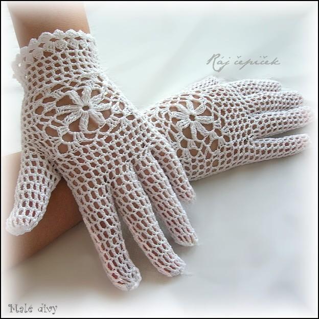 22d6a3de32c Háčkované krajkové rukavičky Staré časy   Zboží prodejce Ráj čepiček ...