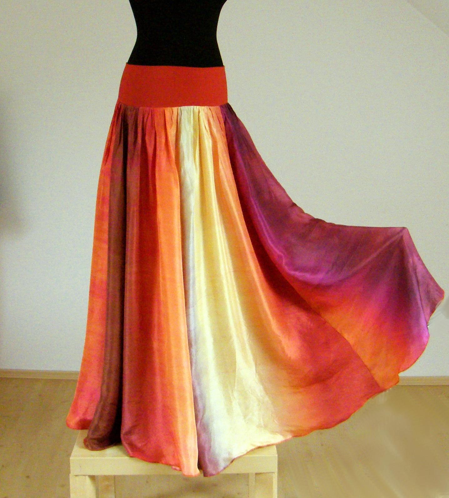 REZATÁ KRÁSKA  -) dlouhá rozevlátá hedvábná sukně (s krátkou spodničkou)    Zboží prodejce laduse  6da40444da