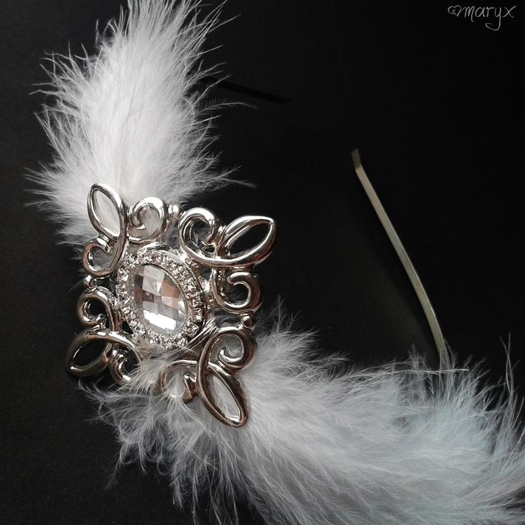 bac1b2477d2 Svatební čelenka s peřím   Zboží prodejce maryx