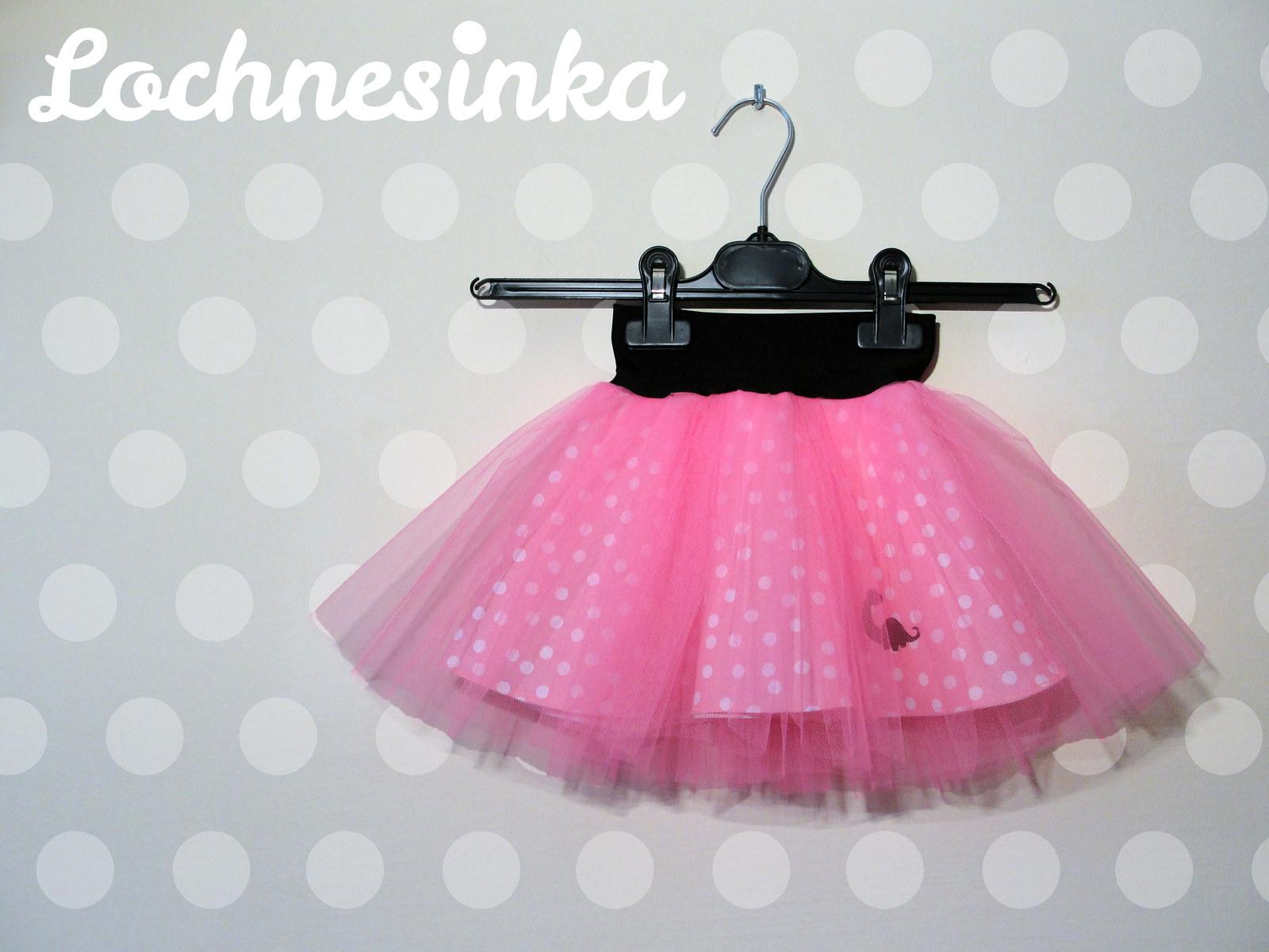 e9b900c7a74 Tylová sukýnka růžová s puntíkem dětská   Zboží prodejce Lochnesinka ...