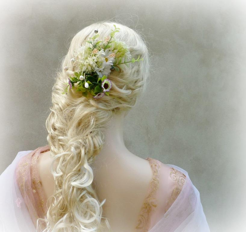 Svatební ozdoba do vlasů Luční Amálie   Zboží prodejce kultdesign ... e3448c6f92