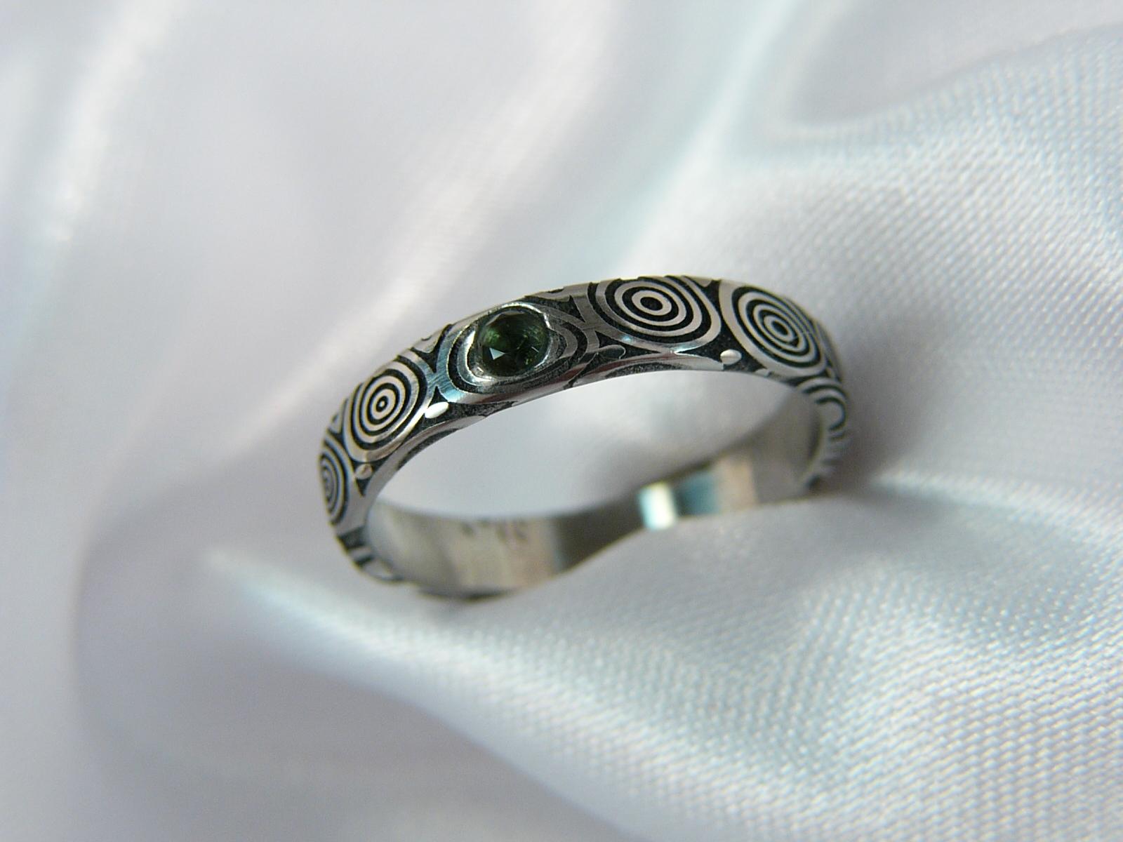 Prsten Verderus z damascénské oceli   Zboží prodejce Cubick  8c85676c4f