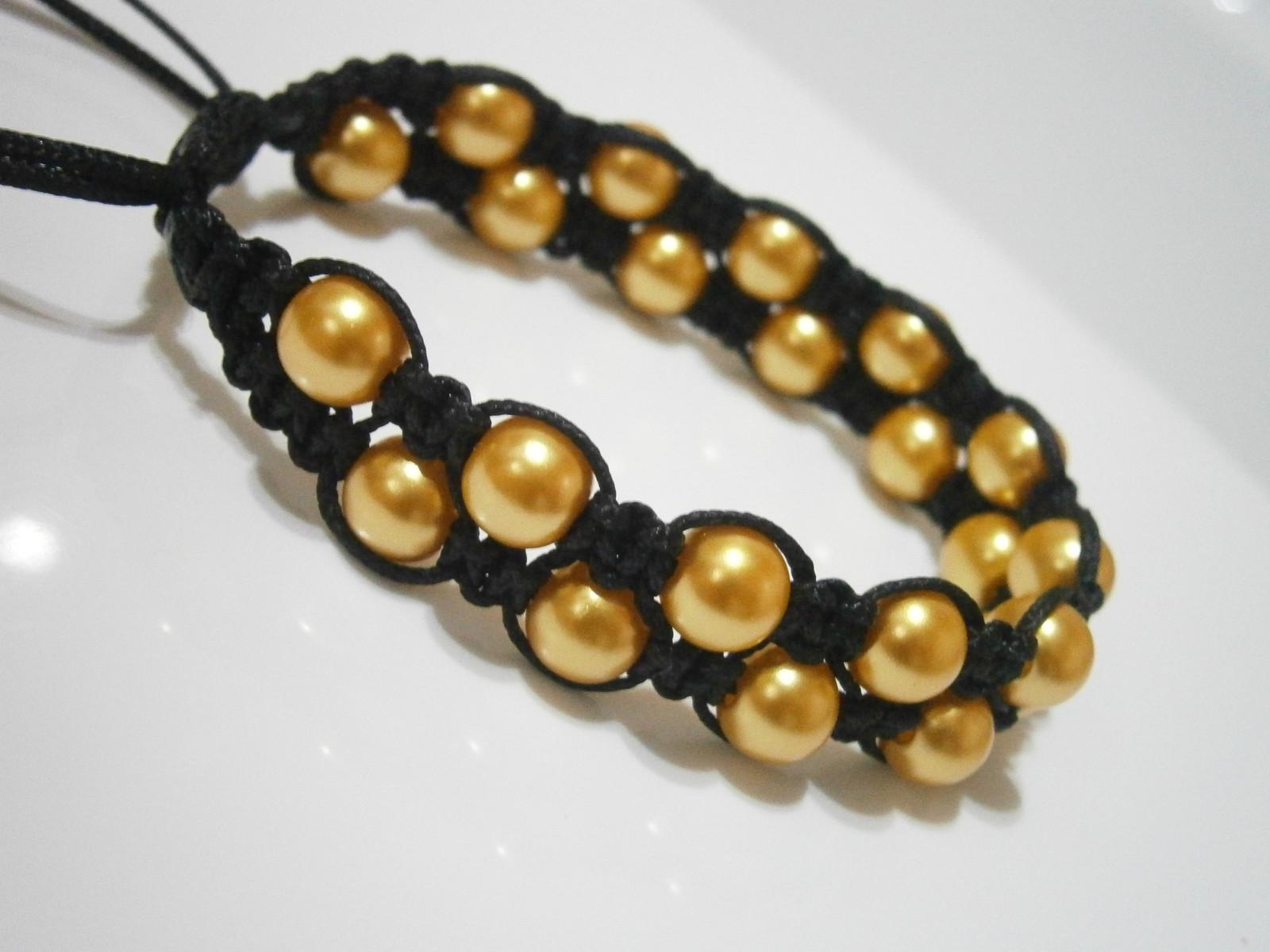 4880786e6 Černo-zlatý dvouřadý náramek (shamballa/macramé) / Zboží prodejce ...