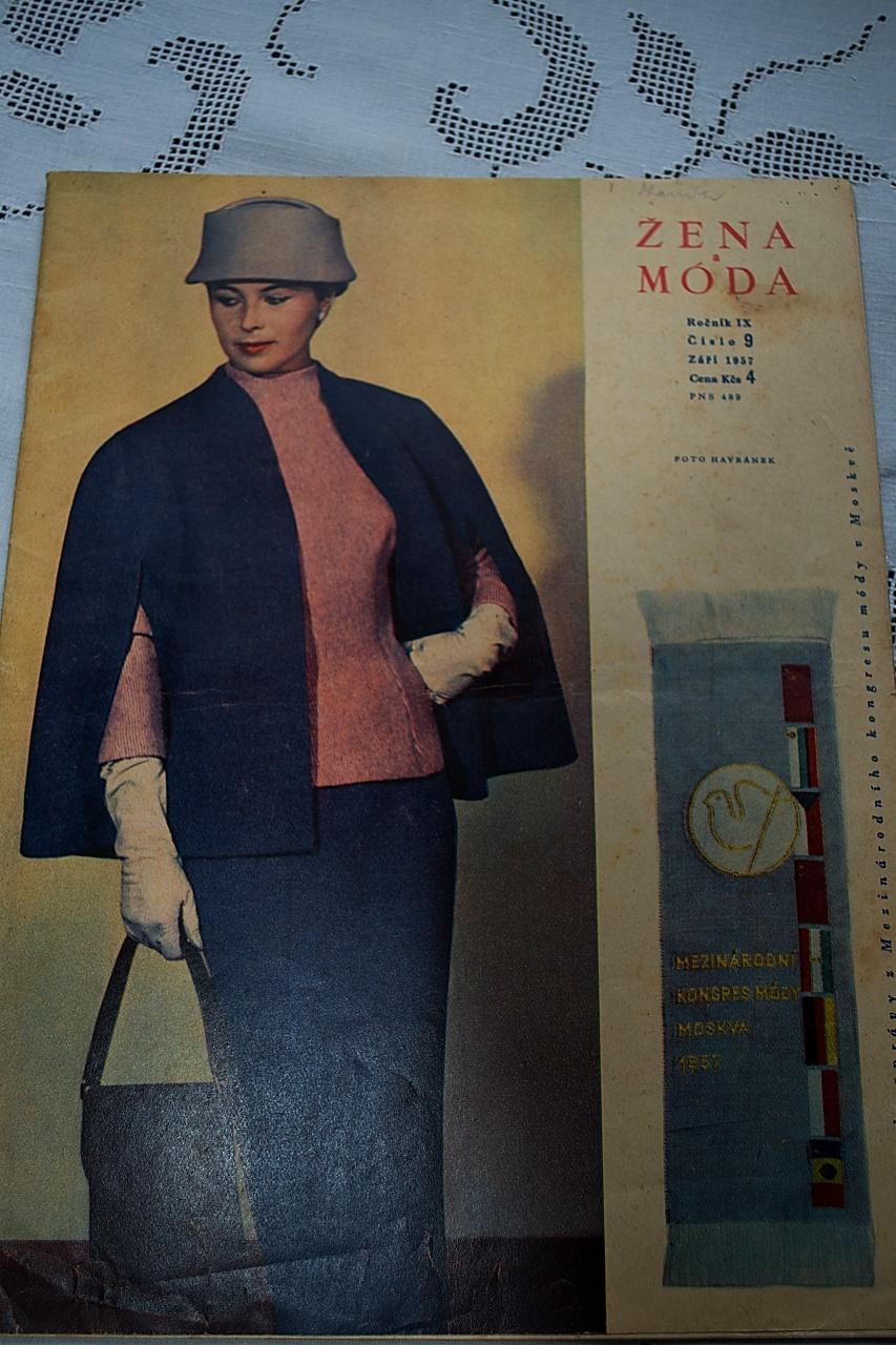 Časopis Žena a móda - září 1957   Zboží prodejce Stará láska ... 97c84480de
