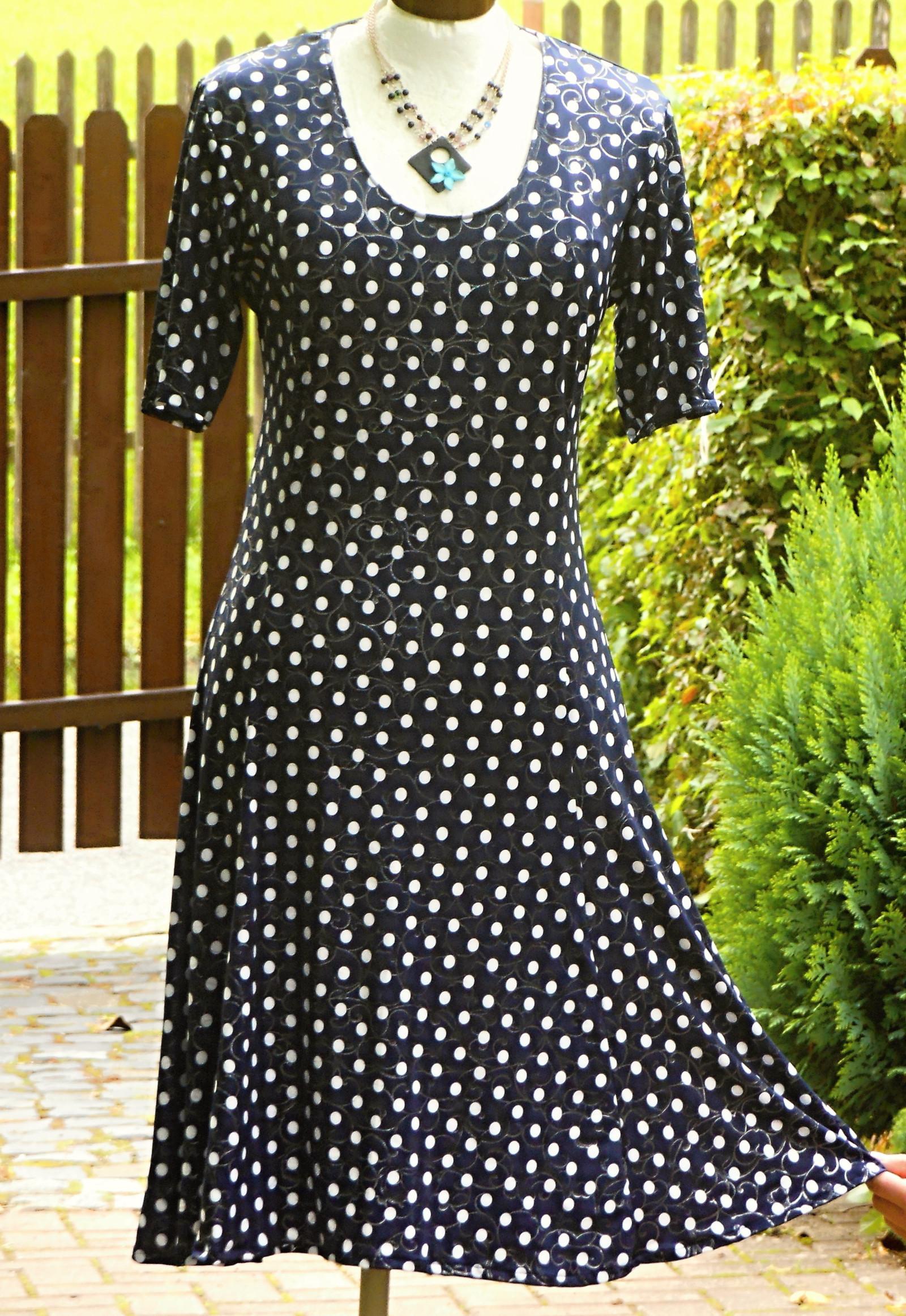 ce7541d7b4d0 šaty- modro bílý puntík se stříbrnou   Zboží prodejce Helena 131 ...