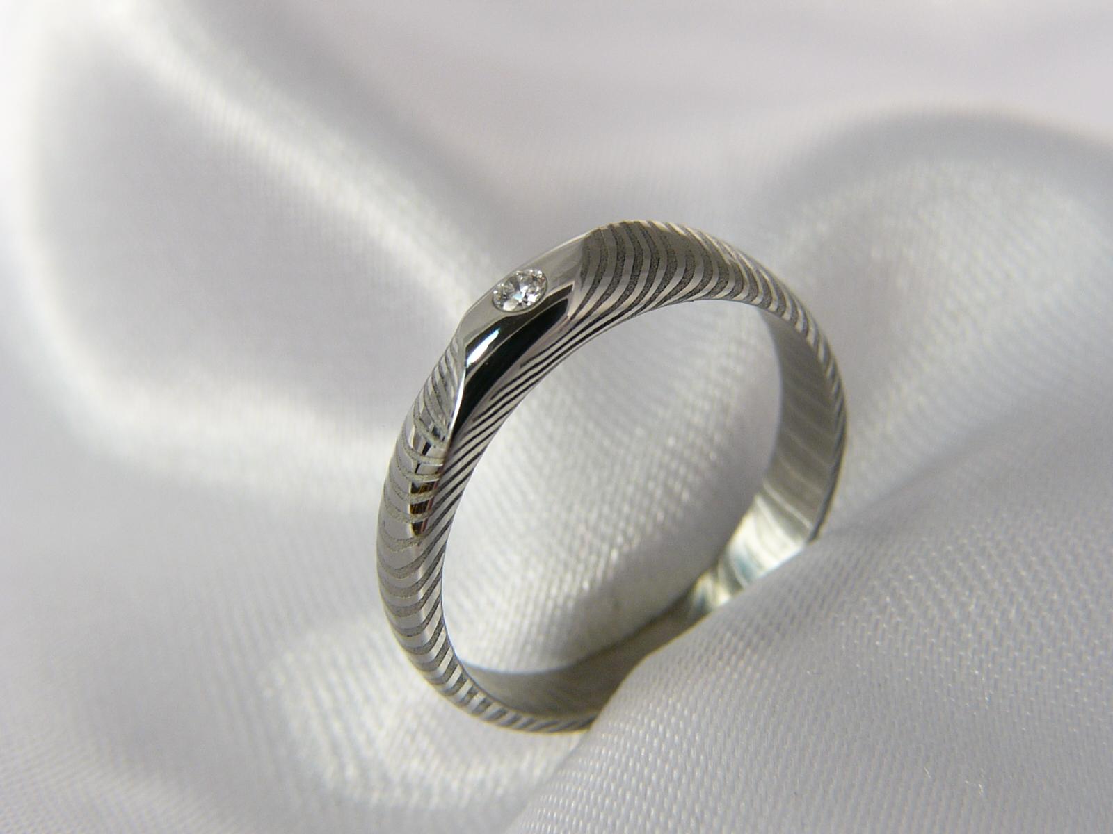Zásnubní prsten Orwenir z damascénské oceli   Zboží prodejce Cubick ... f57c98d5db