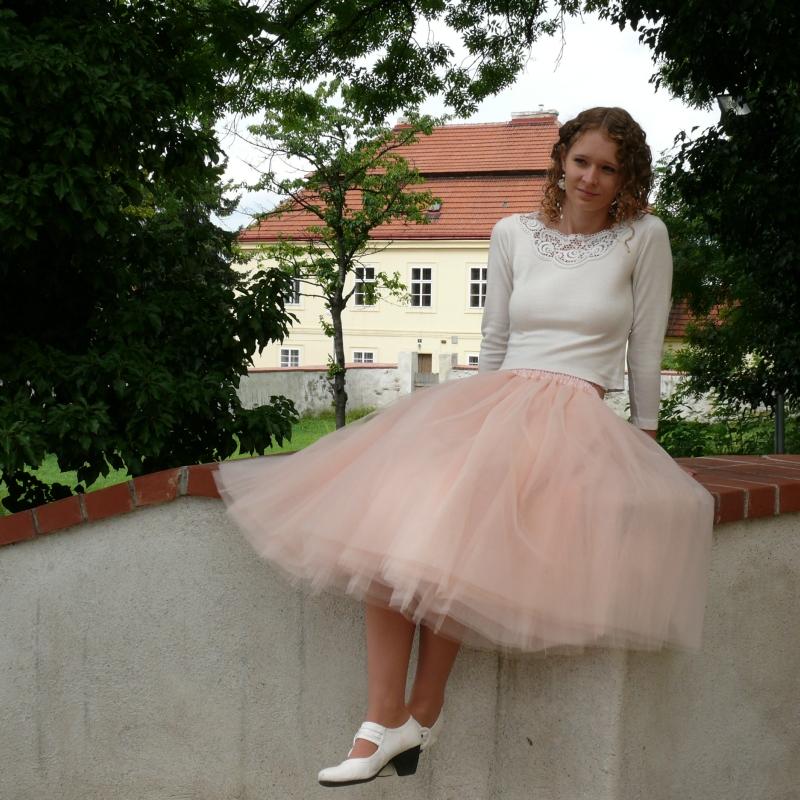 Tylová sukně pleťové barvy   Zboží prodejce Princezna Pampeliška ... 4b594fbfcd