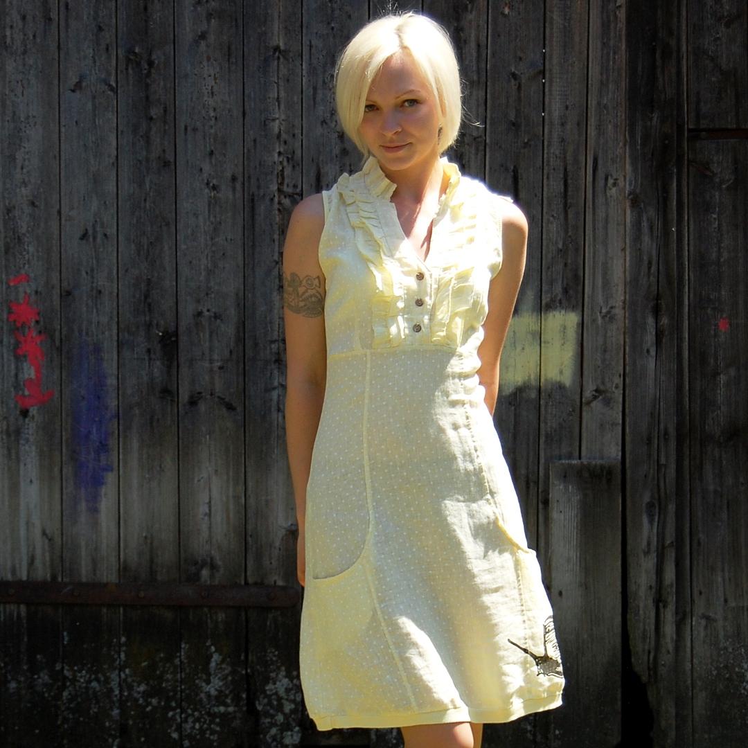 87e75a07c5a Lněné šaty Šnek - světle žlutá s puntíkem   Zboží prodejce Amadee ...