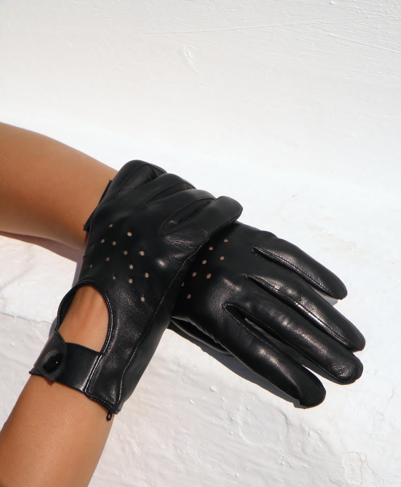 Černé kožené rukavice 11a9b5fdaa