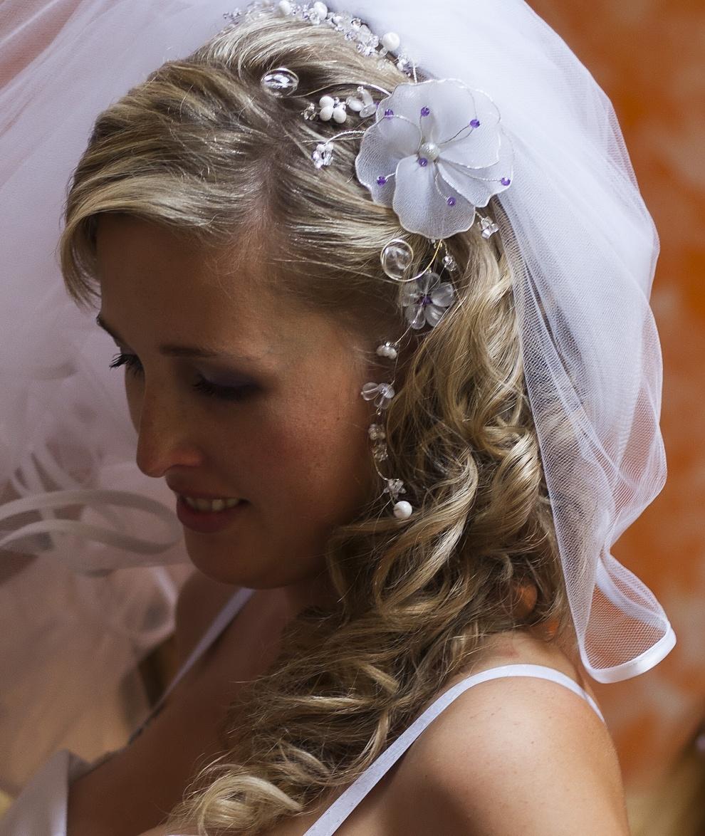 Svatební kytka do vlasů   Zboží prodejce PresentsRadka  7db2edf416