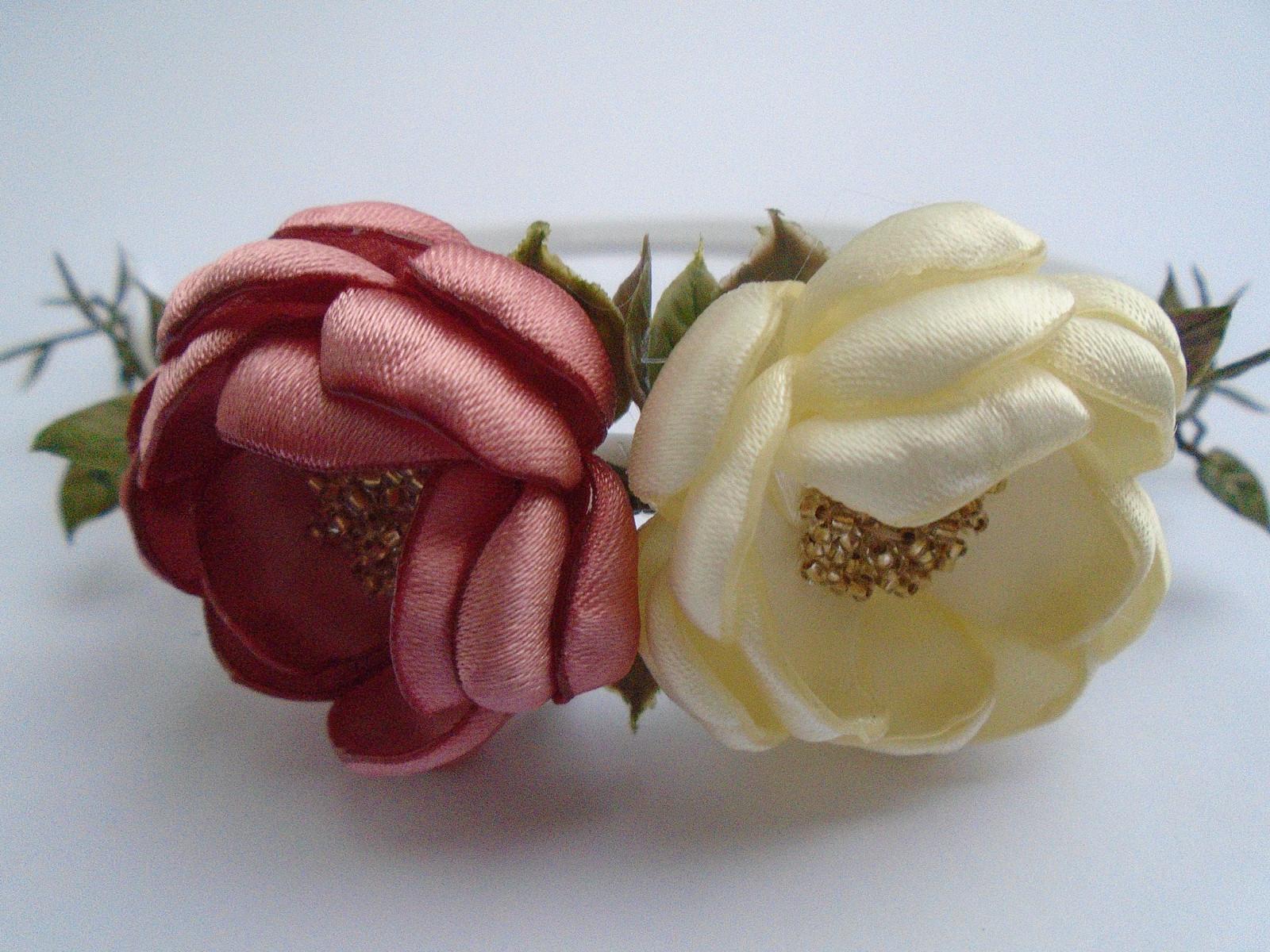 b93cffc0249 Květinové čelenky   Zboží prodejce Holečkovic