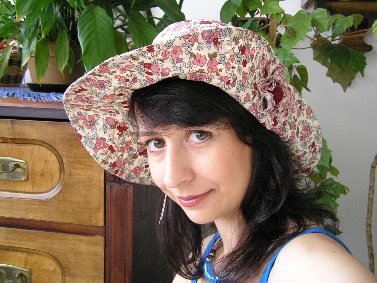 Dámský plátěný klobouk d55814f4e1