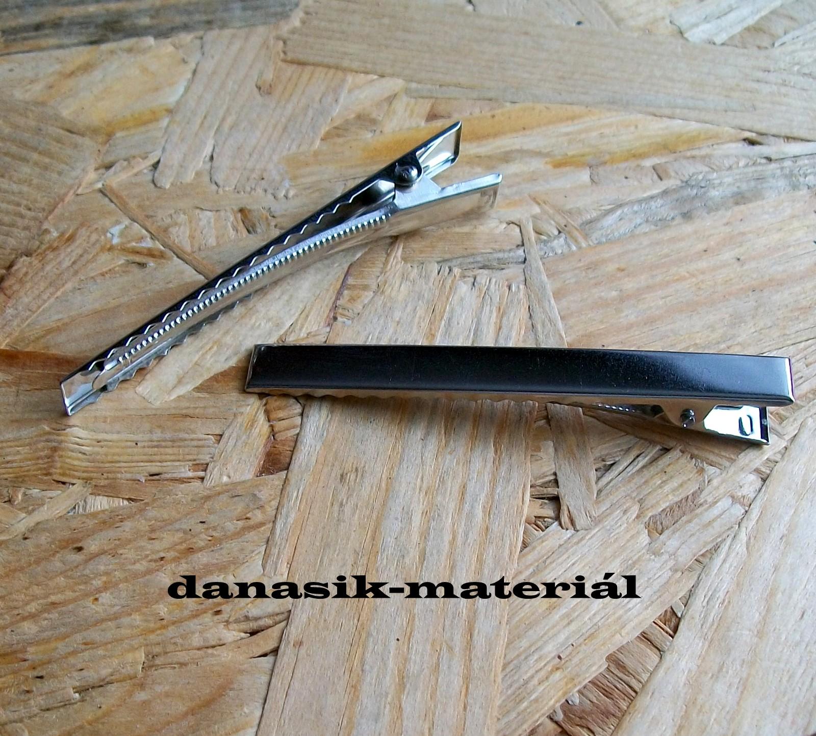 9f71bea6180 SPONA DO VLASŮ -