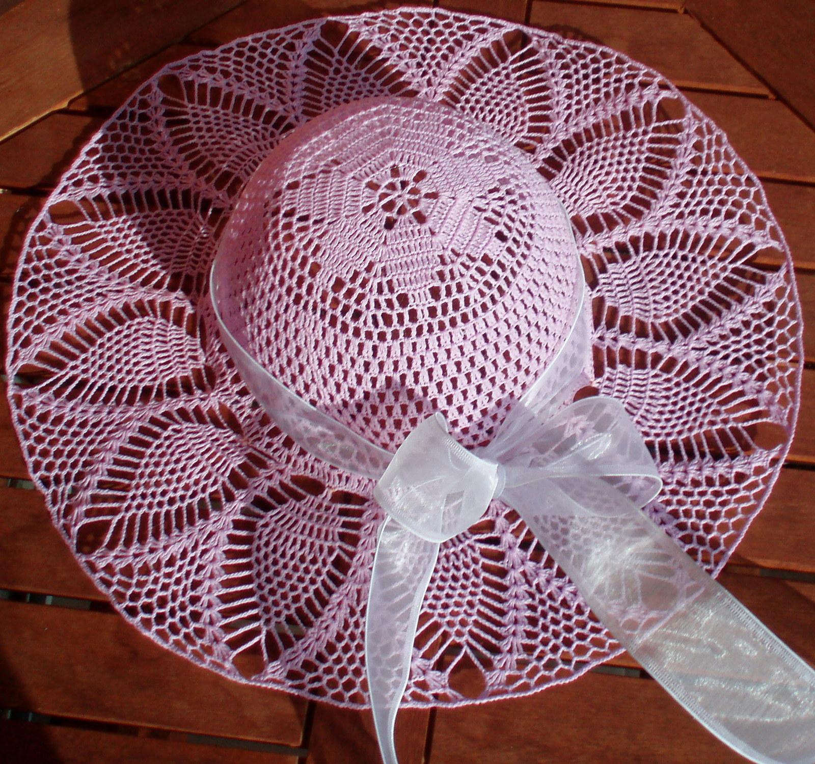 13d7c1f79d5 Háčkovaný klobouk lila   Zboží prodejce 1babenka