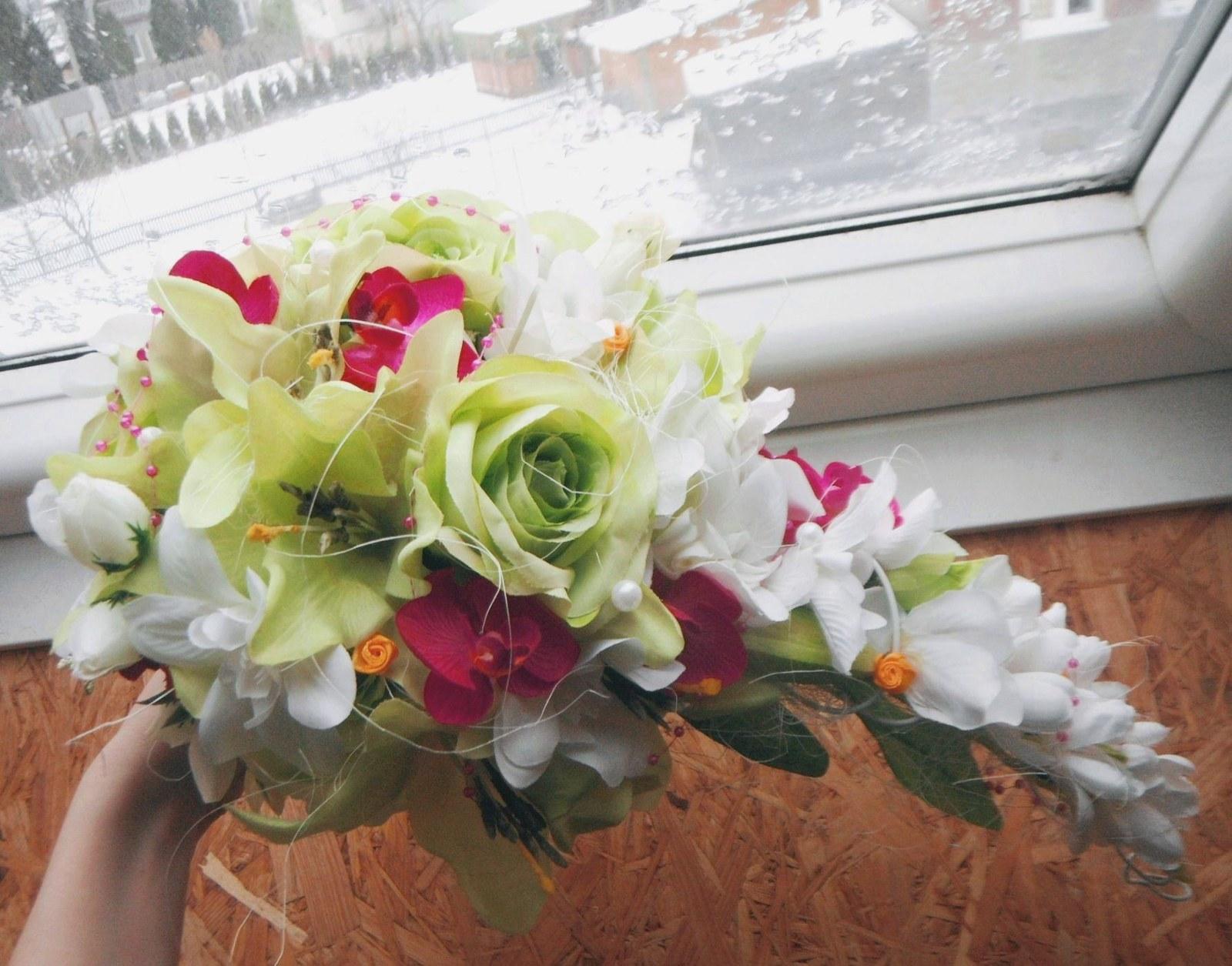 b5750a3e7a5 Svatební kytice- exotická převislá (umělá)   Zboží prodejce ...