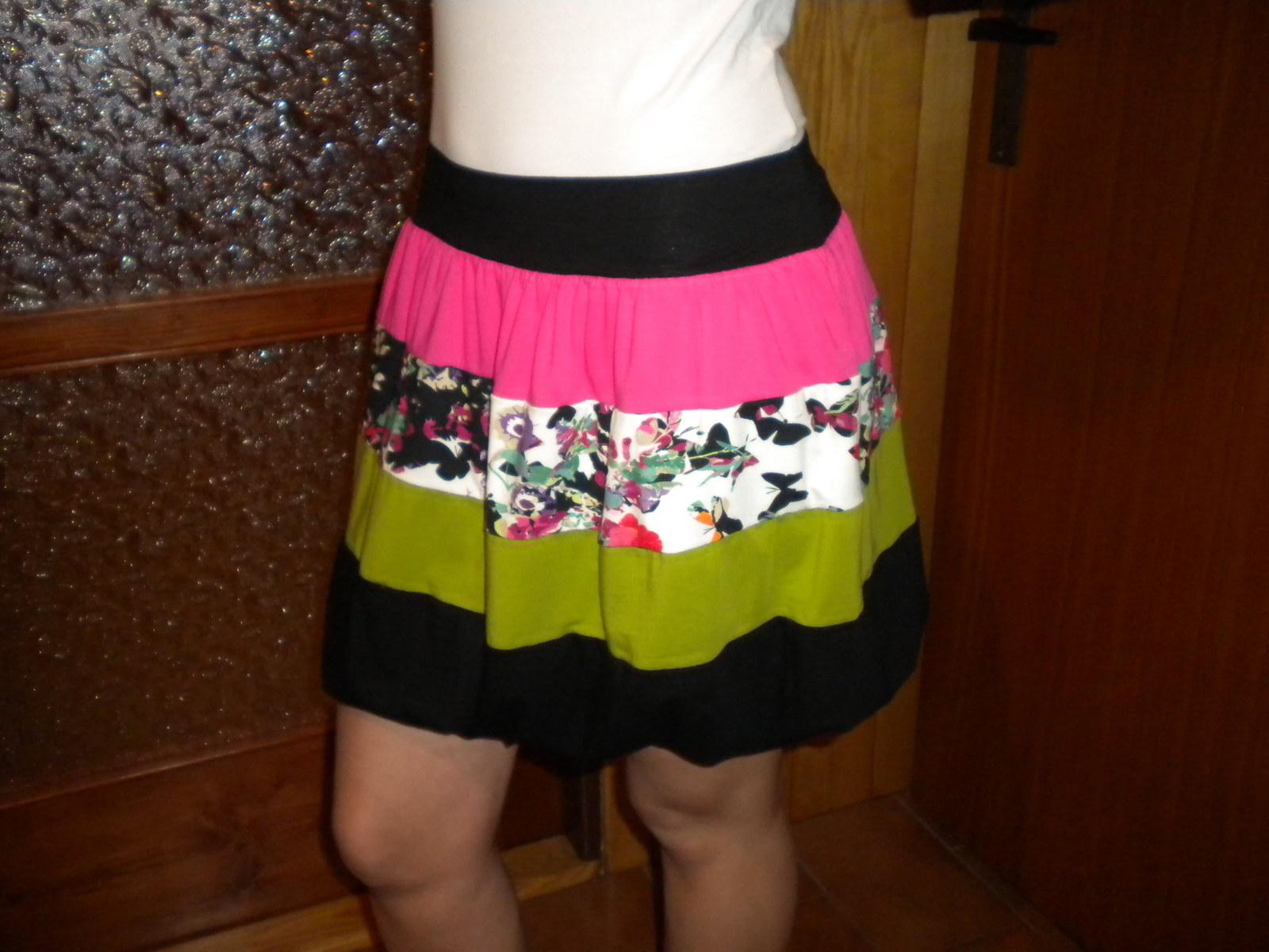 4725c1aa4e0 Balonová sukně   Zboží prodejce maja1234
