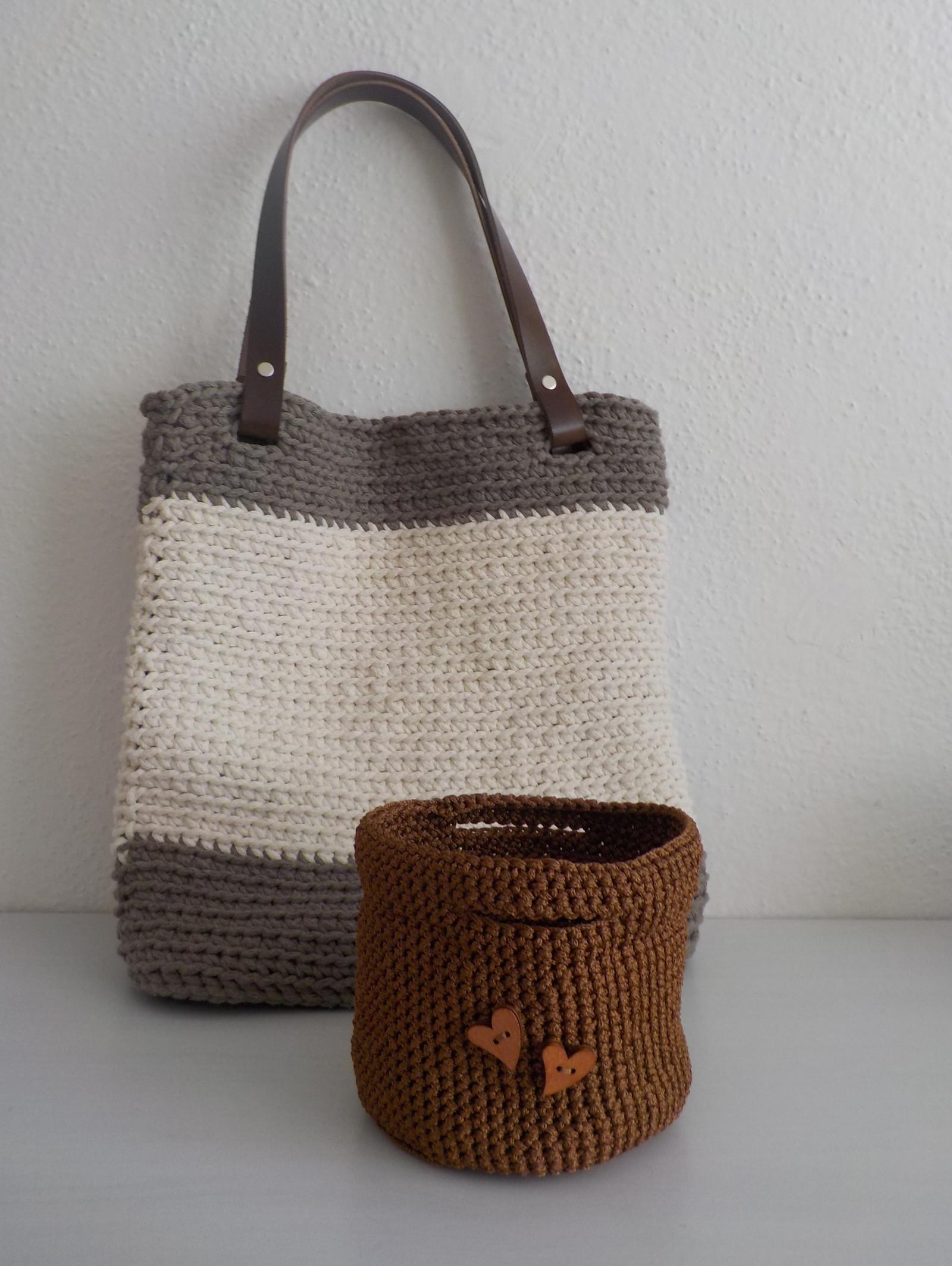Háčkovaná kabelka + jako dárek košíček   Zboží prodejce Obchůdek u ... cdbdcdfc9f6