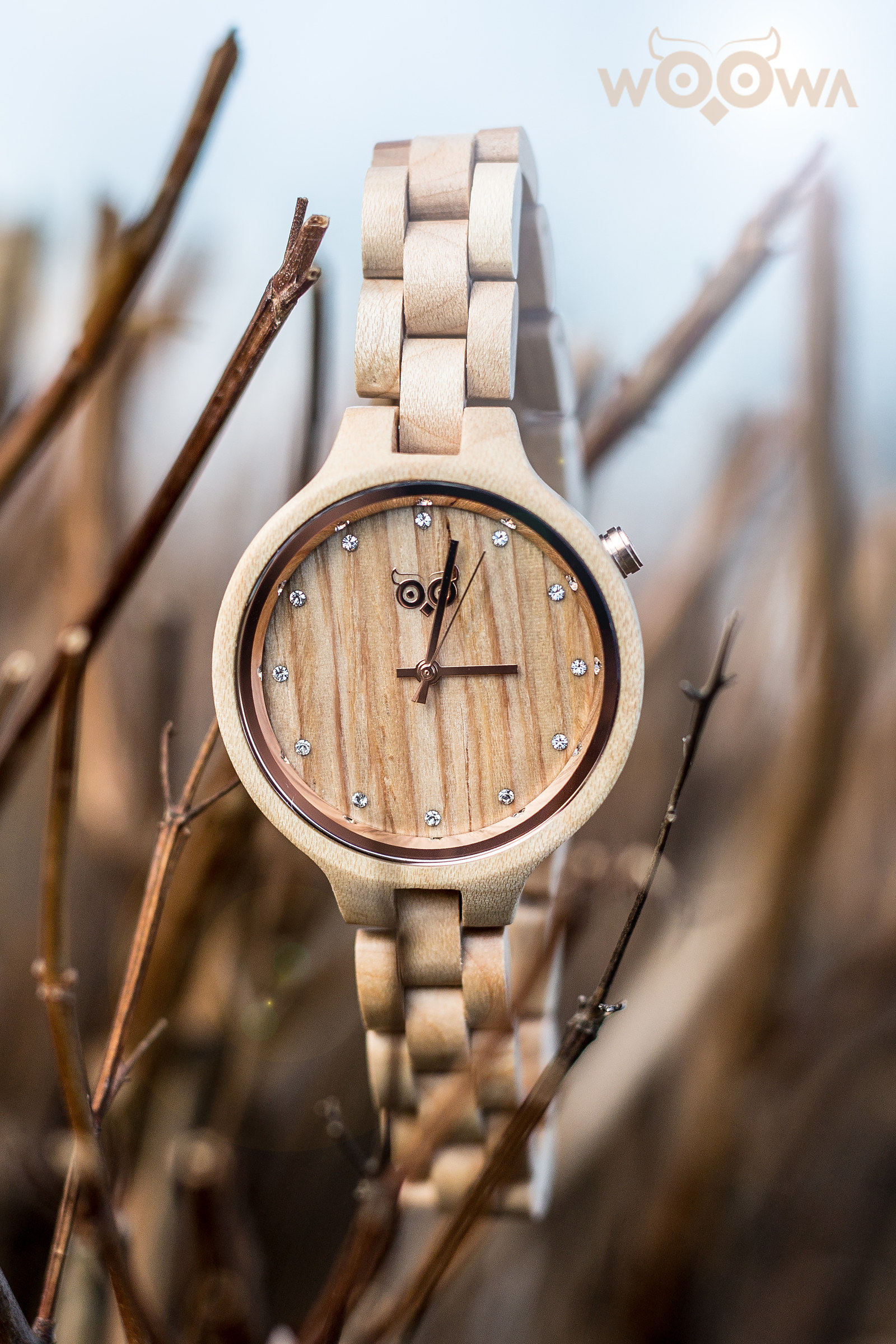 b312d59a3 Dámské dřevěné hodinky s krystaly Swarovski / Zboží prodejce Woowa ...
