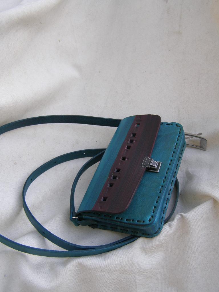 Kulatá kabelka - tyrkysová - na mobil   Zboží prodejce Mitanovi ... 480c4a35149