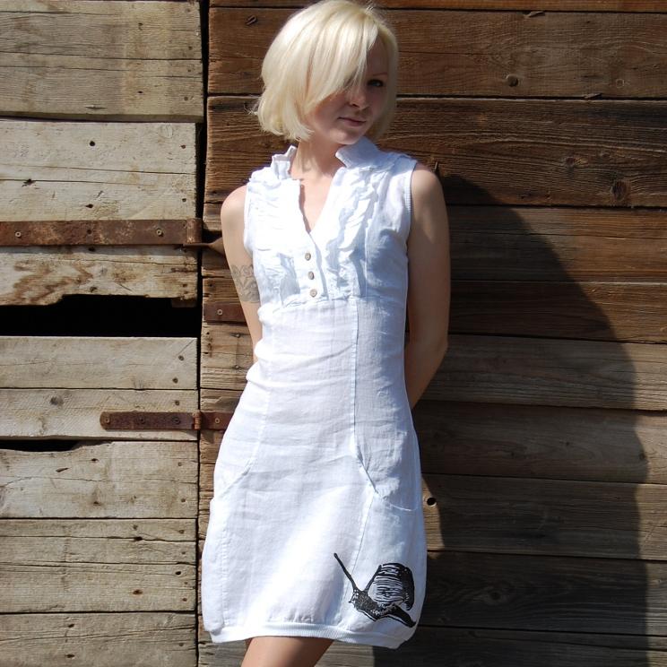 fa914fcb7c9 Lněné šaty Šnek bílá   Zboží prodejce Amadee