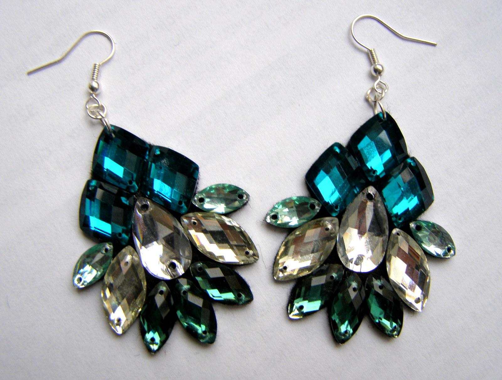 Smaragdové náušnice   Zboží prodejce GemsOver  c41b78b8769