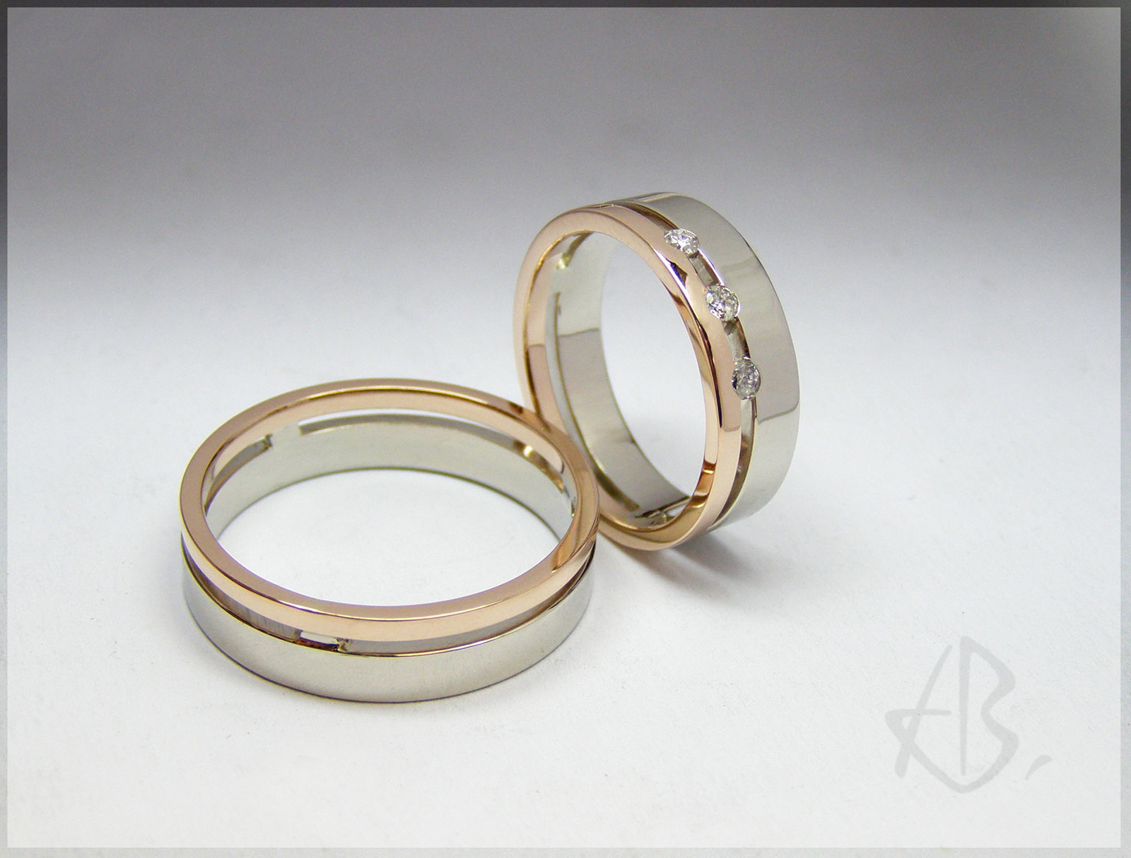 Snubni Prsteny Bile A Cervene Zlato Zbozi Prodejce Ales Bartos