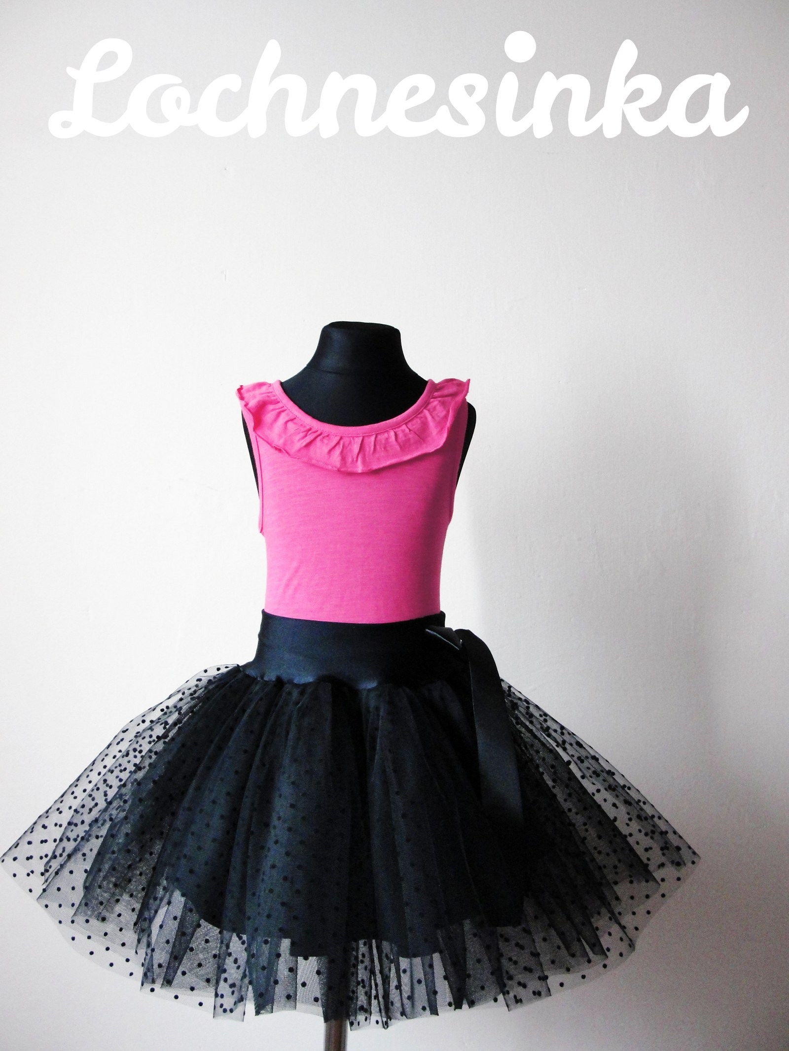 Tylová sukýnka dětská černá puntíkovaná (pas do 60 cm 9ac72720ae