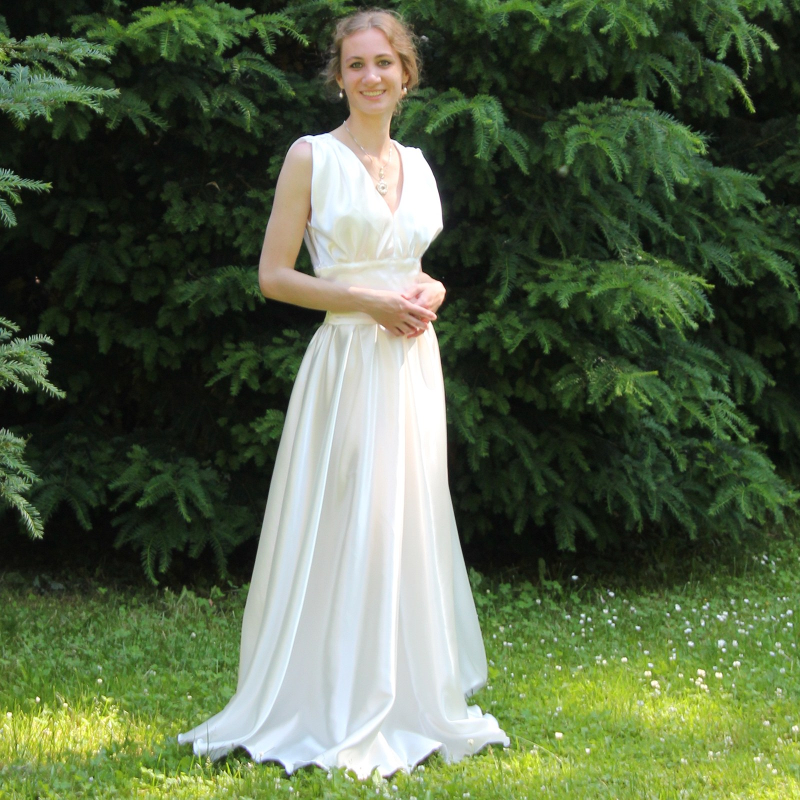 5bb3c70d34b Šaty Eva - smetanové   Zboží prodejce Lurette