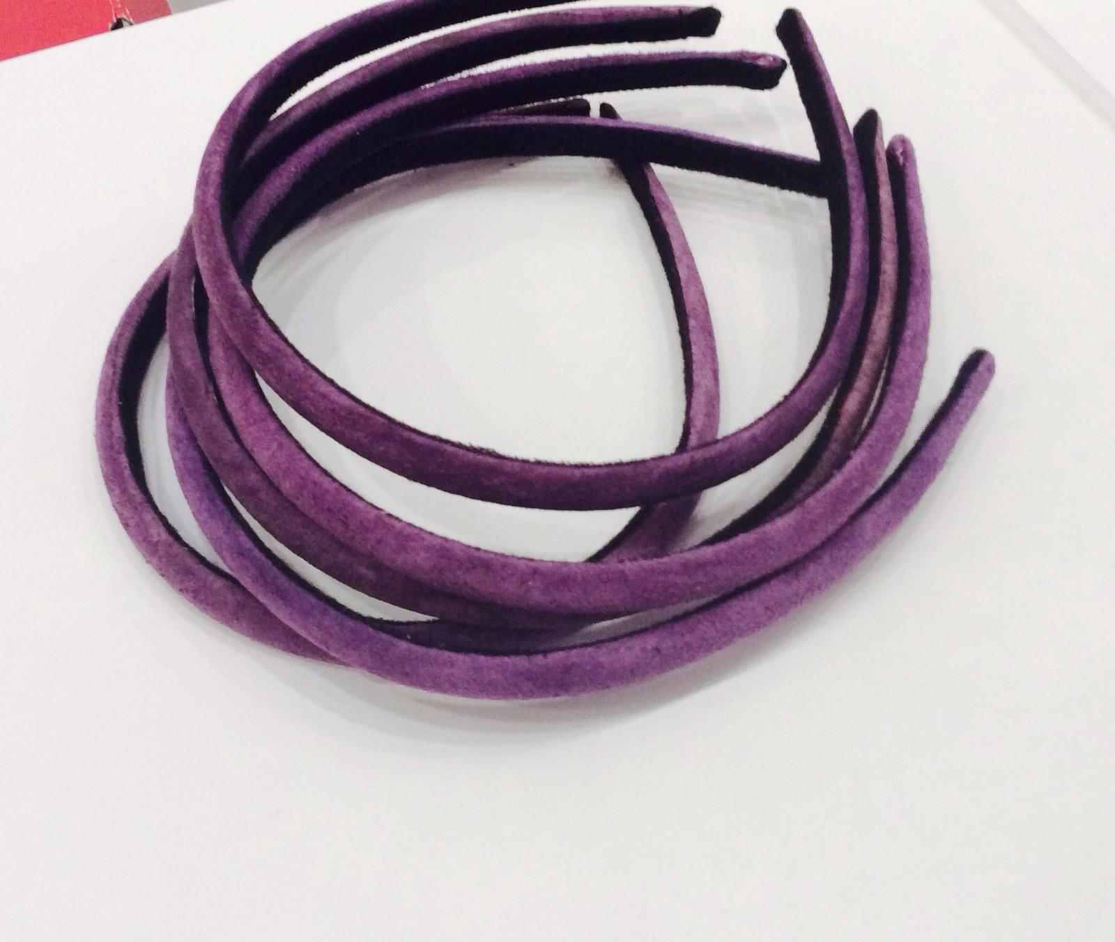 Čelenka světle fialová sametová ... čelenka   Zboží prodejce Darmen ... 91665cf089