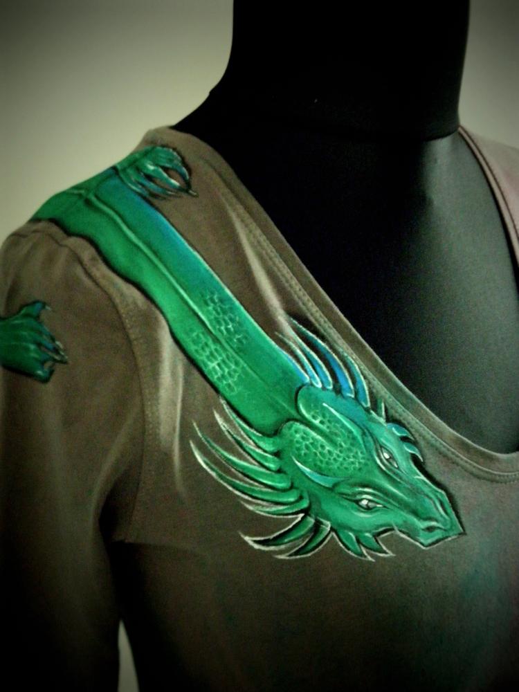 DRAGON - malba na přání na vlastní tričko   Zboží prodejce dvo.jitka ... bfc75fa29d
