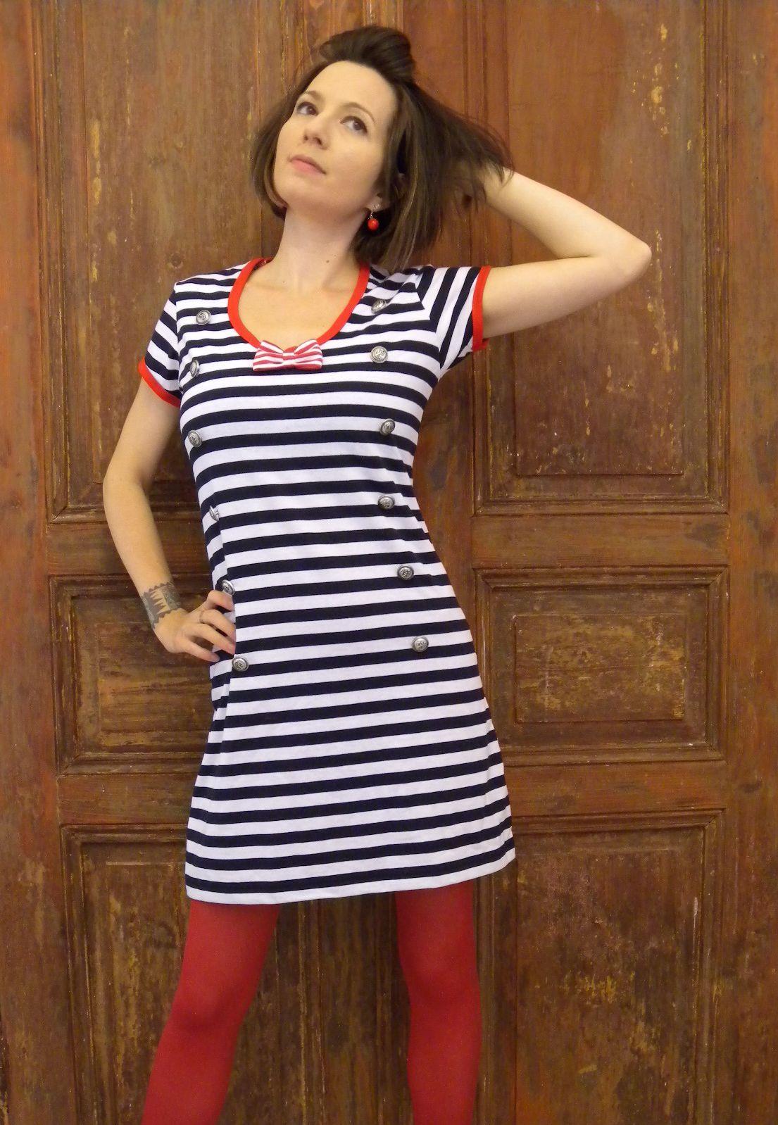 92255af76126 Námořnické retro šaty dámské   Zboží prodejce La Romantica