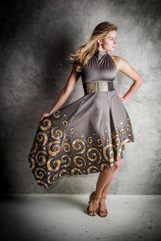 Ručně zdobené asymetrické taneční šaty   Zboží prodejce barunkulus ... 87f411dc6b
