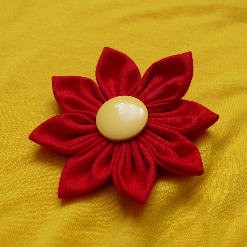 Červená kytka - sponka do vlasů   Zboží prodejce Princezna ... 99b21f95c4