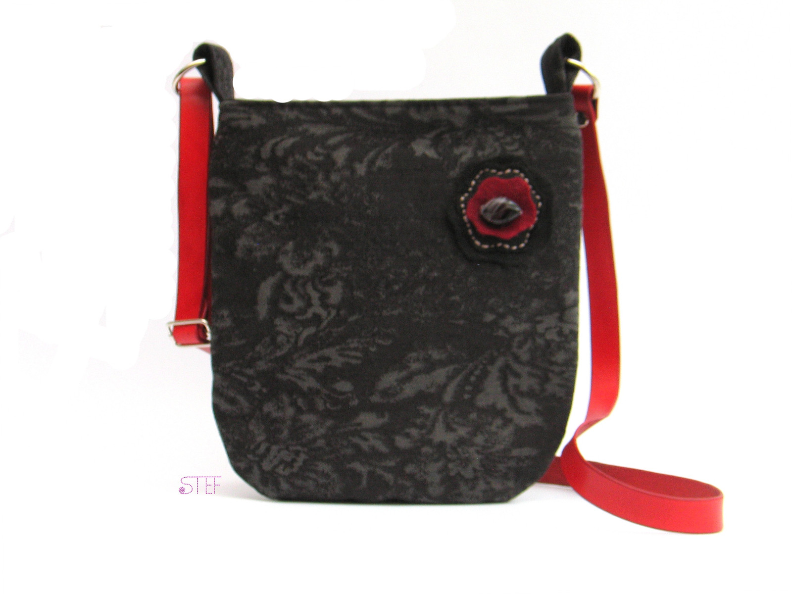 Malá riflová kabelka s koženým uchem - černošedá   Zboží prodejce ... 3ca39f98852